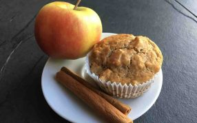 Apple Cinnamon Love Muffins